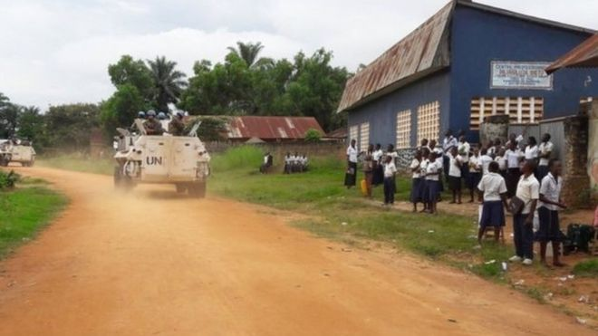 Milisi Republik Kongo penggal kepala 40 polisi