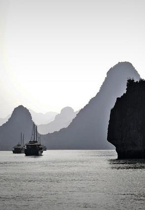 Ha Long Bay (Vịnh Hạ Long), Vietnum