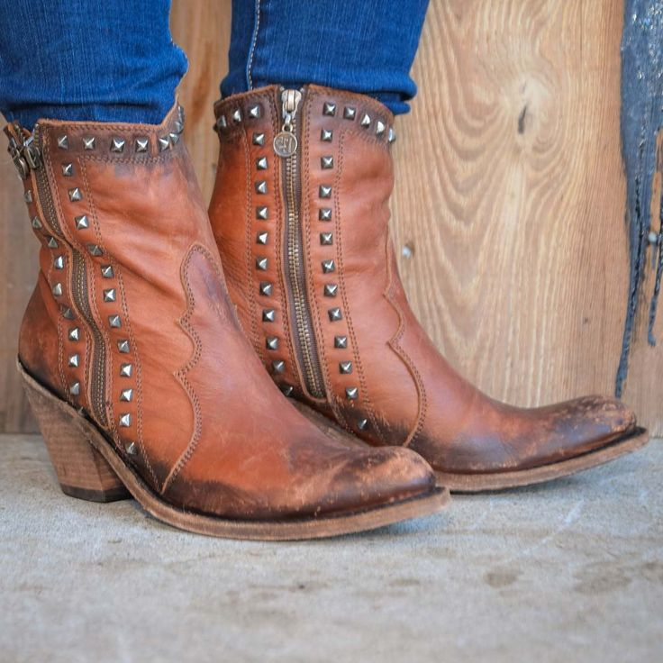 Liberty Black, Shorty Boots with Studs for those chic cowgirls who prefer a shorter shaft boot.