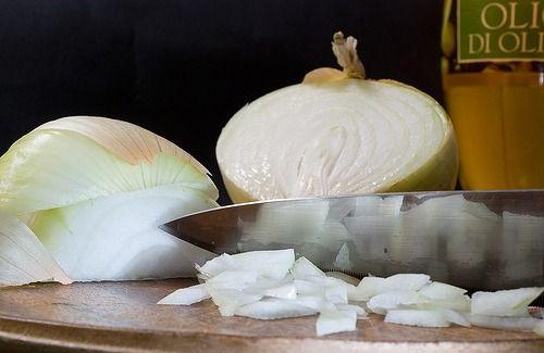 ¿Conoces las propiedades y beneficios más importantes de la #cebolla? vía @mejorconsalud https://goo.gl/yw4NOI #VidaSana #salud