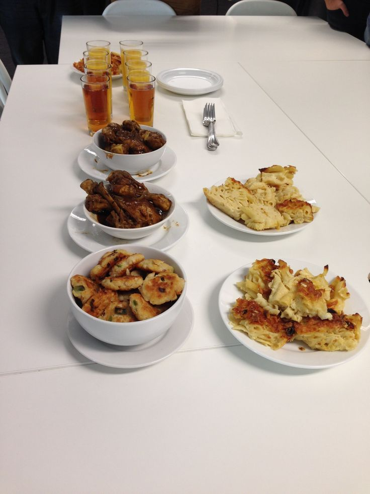 Today was all about the Caribbean! Teroy took us on a summer holiday with Mac & Cheese Pie, Homemade fish cakes, and good old Caribbean Chicken!