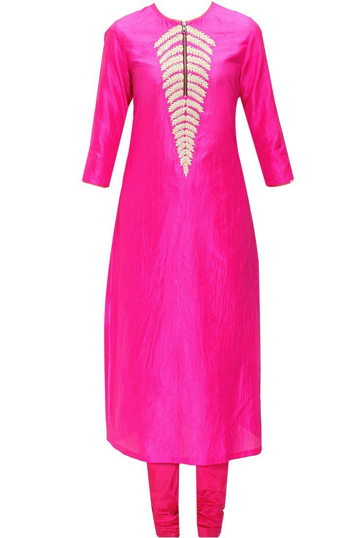 Bright pink fern embroidered kurta set by Nachiket Barve. Shop now: www.perniaspopups.... #kurtaset #designer #nachiketbarve #elegant #clothing #shopnow #perniaspopupshop #happyshopping