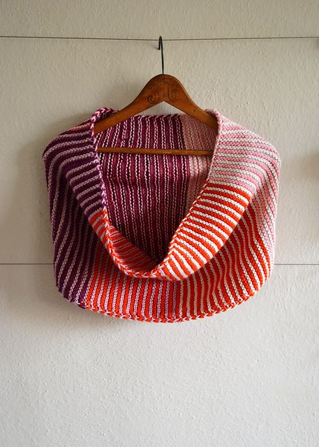 shift cowl by velostricken, via Flickr