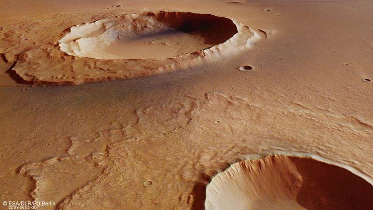 Capturan imágenes de restos de mega-inundaciones en Marte. Una combinación de volcanismo, tectónica, colapso y hundimiento provocó varias descargas masivas de aguas subterráneas que posteriormente inundarían la región de Kasei Valles hace 3.600 millones de años.