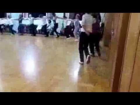 Greek dance (Ζωναράδικος - Κουλουριαστός) - YouTube