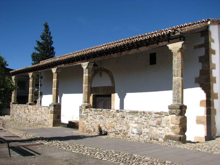 Iglesia de Santo Domingo, en Abadía.