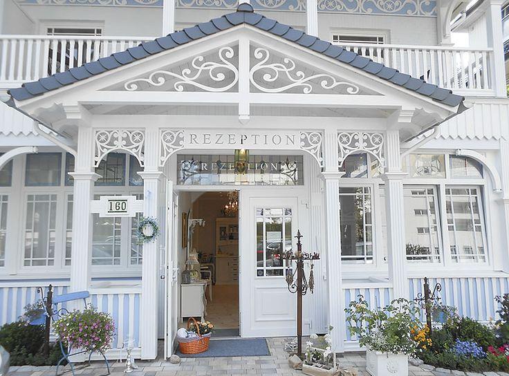 Willkommen in den sommerfrischen Ferienwohnungen von Haus Midsommer.  #Villa #Hansa #Shabby-Chic #Vintage-Style