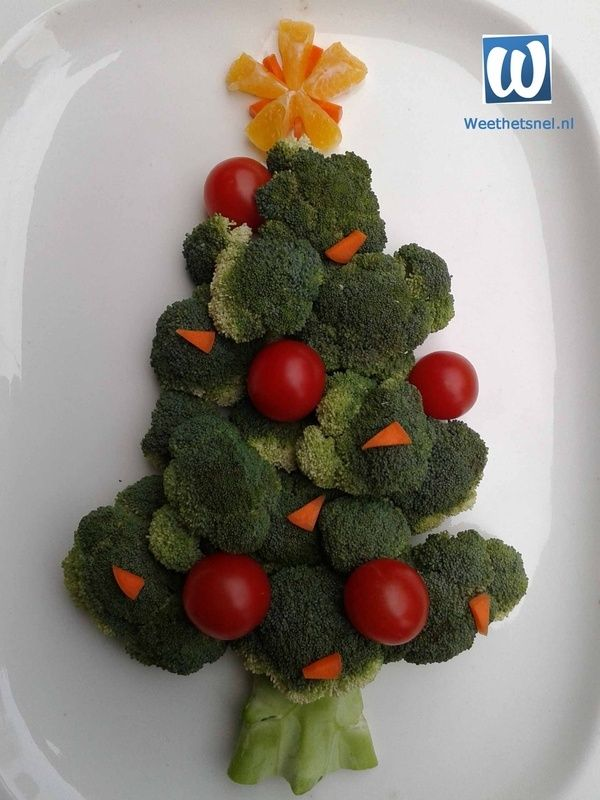Een origineel bijgerecht voor kerst: een feestelijke kerstboom van broccoli. #kerst #idee #recept - Instructies - Weethetsnel.nl