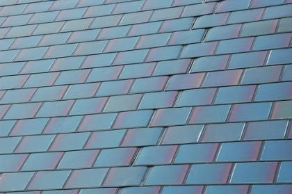 SOLAR ROOF SHINGLES INSTALLATION COMPANY INDIA - HOUSE ROOF WITH BIPV SOLAR SHINGLES IN INDIA - SOLAR POWER FOR HOMES IN HYDERABAD PRICE http://www.bharatsolarenergy.com/1069-solar-roof-shingles-installation-company/details.html