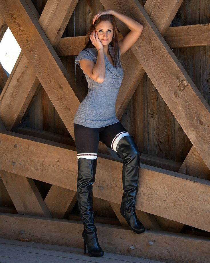 Women In Sexy Boots Pictures 36