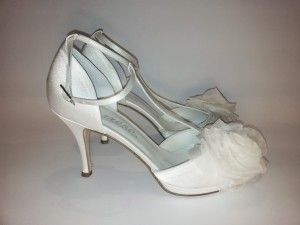 Model: Valentina - Collezione di Scarpe da Sposa di Gloria Saccucci