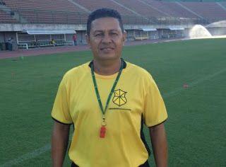 Blog Esportivo do Suíço: Colo Colo apresenta Gilmey Aimbere como novo treinador