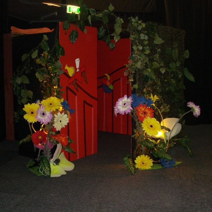 Gallery - Garden Themed Props, Stage Sets and Decorations | Phenomenon