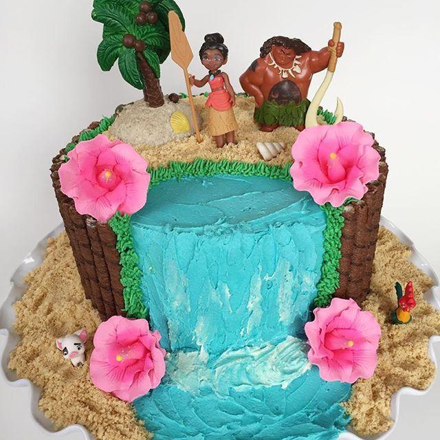 It S A Moana Party Birthday Cakes