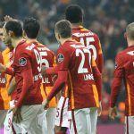 Galatasaray'da deprem! Tarihinin en kötü sezonlarından birini geçiren Galatasaray'da mali kriz, futbolcular arasında krize neden oldu. Spor Toto Süper Lig'in 32....  http://www.sporadair.net/galatasarayda-deprem-3641.html