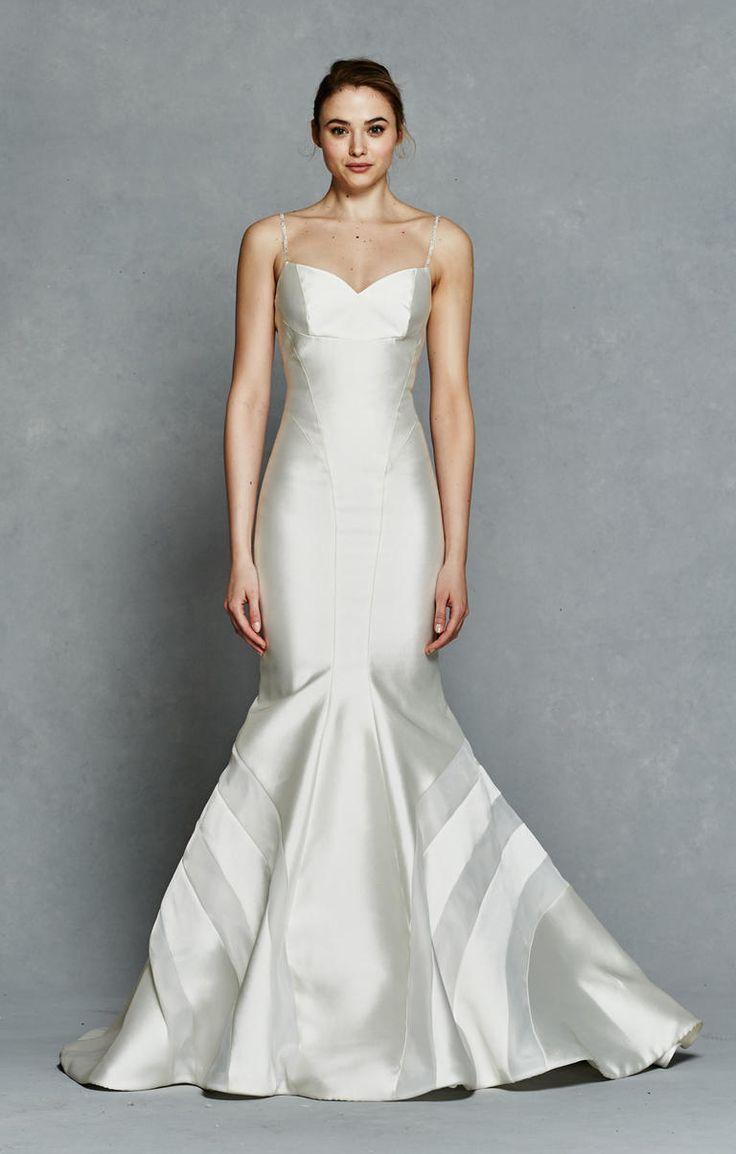 Kelly Faetanini Spring 2017 | https://www.theknot.com/content/kelly-faetanini-wedding-dresses-bridal-fashion-week-spring-2017