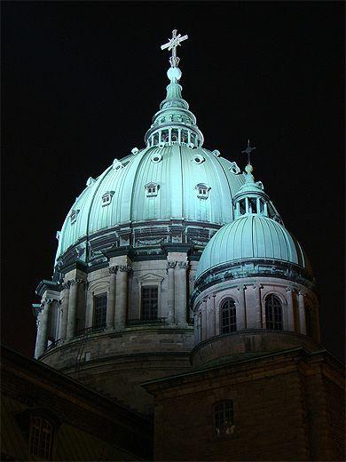 Image issue du site Web http://www.routard.com/images_contenu/communaute/Photos/publi/063/pt62409.jpg