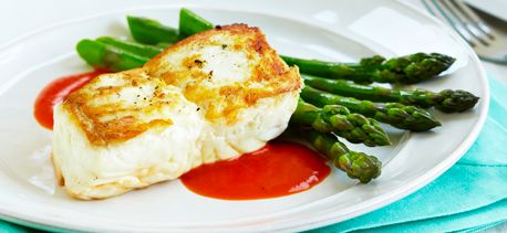 Halibut+with+Roasted+Red+Pepper+Sauce