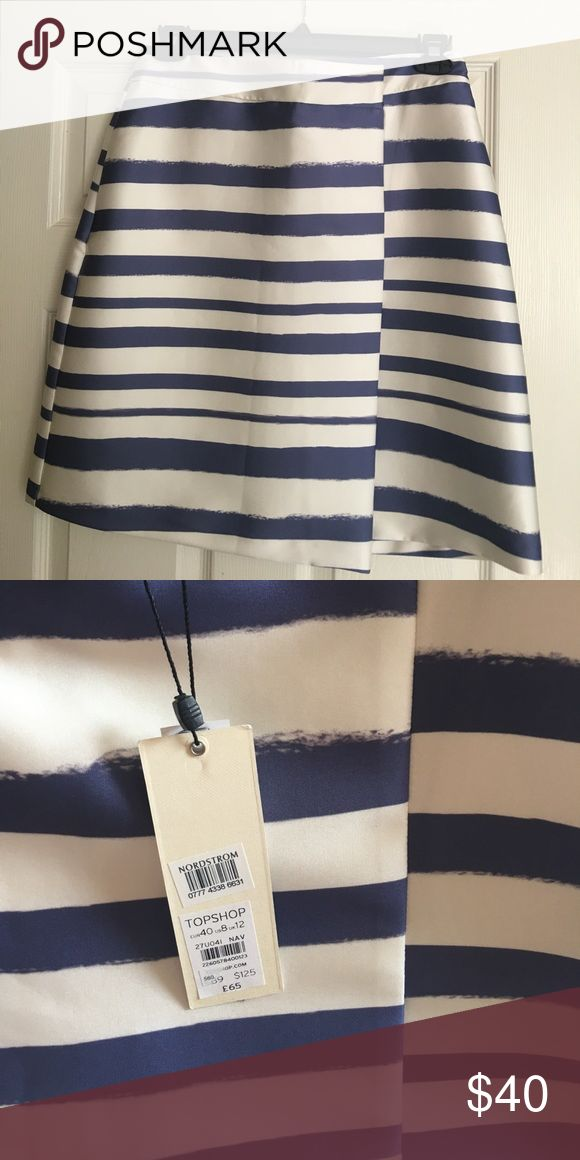 New with tag Topshop Navy striped skirt NWT Topshop navy and winter white striped skirt. Purchased at Nordstrom. Size 8. Topshop Skirts Midi