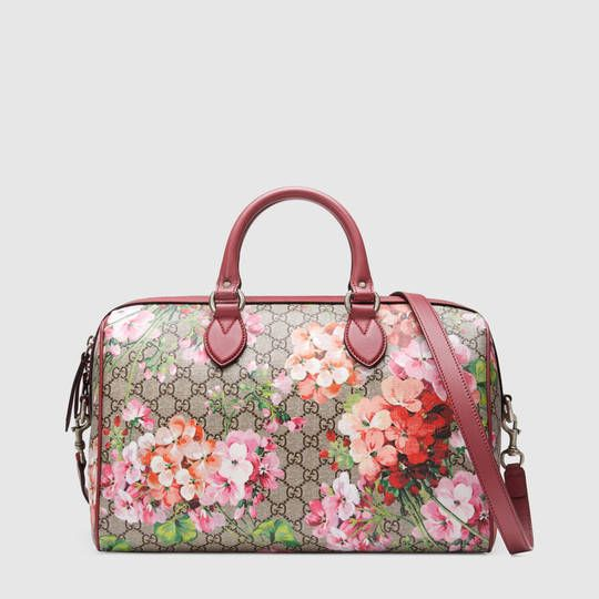 Love these Gucci bags with hydrangea on......one of my favourite flowers