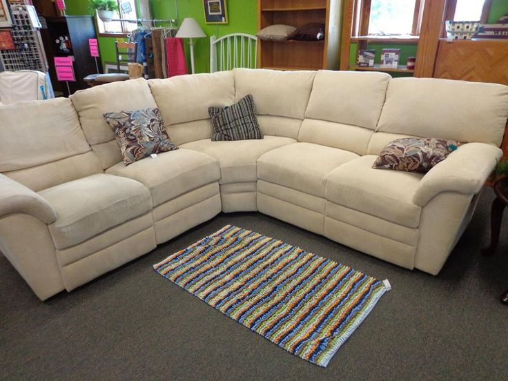Beautiful Lazy Boy Sectional Has Recliners On Each End Originally 4000 New 4 Years Ago Only