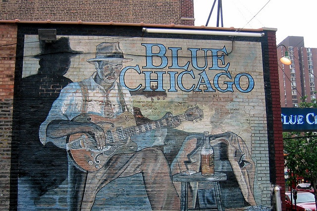 Iconic blues mural chicago by john carroll doyle for Mural in chicago illinois
