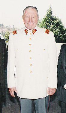 Augusto Pinochet - 1995.jpg