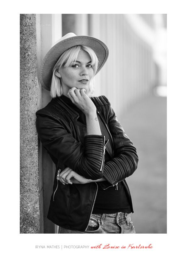 Model Louisa in Karlsrihe, Iryna Mathes People Photography. Street photography
