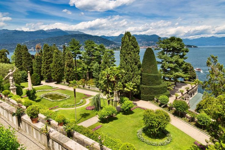 Beautiful with mild climates; Lake Maggiore - the perfect backdrop for civil wedding on the Italian Lakes