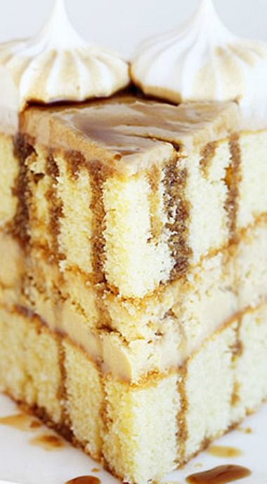 Root Beer Cheesecake Cake