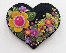 Beedeebabee: A Little Happy ...Black Heart, Felt Projects, Felt Hearts, Pin Cushions, Felt Crafts, Pincushions, Felt Flower, Felt Appliques, Felt Creations