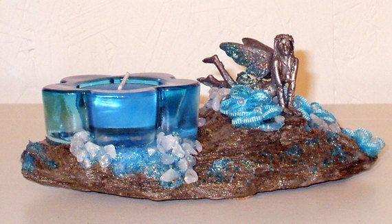 Chandelier RockFée aux vertus ésotériques puissantes Fée Bleue Couchée sur roche et pépites de Quartz par LAFABRIQUEFEERIQUE, $35.00
