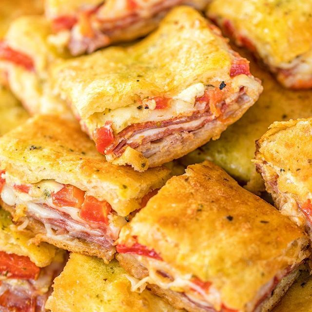 These Antipasto Squares are perfect for all your New Year's Eve parties and watching all the big college bowl games on Monday!   ➡️{Clickable link in profile}⬅️ . . . . #instafood #yum #yummy #yumyum #delicious #eat #food #stuffed #eating #foodpic #foodpics #hungry #foodgasm #instafood #instagood #sogood #lovefood #eatingfortheinsta #EEEEEATS #foodblogeats #tailgating