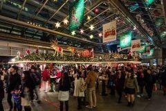 六本木ヒルズでクリスマスマーケットドイツの雰囲気を楽しめますよ 伝統的なクリスマスのアイテムや雑貨店ドイツ料理を存分に楽しめますよ 大きなツリーやイルミネーションにもうっとりです 11/26から開催されますよ()/ ぜひぜひ足をお運びください  六本木ヒルズクリスマスマーケット2016 http://ift.tt/2gxANi9 tags[東京都]