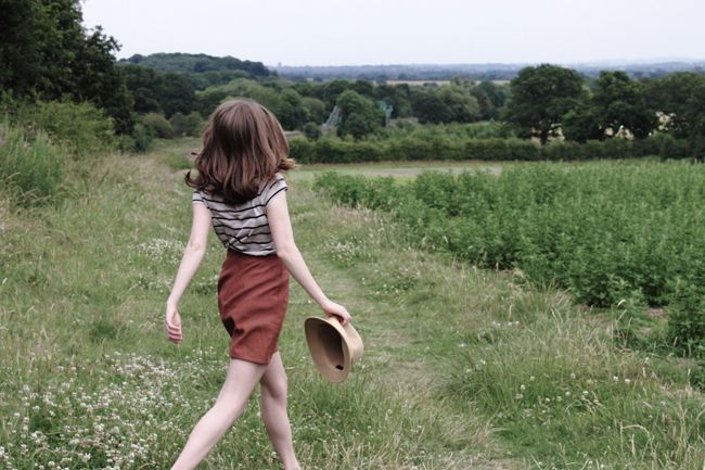 Field: Color, Hairs, British Countryside, Stripes Skirts, Foxtail Ferns, Inspiration Outfit, Dream Styles, Fields, Walks In