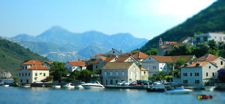 The ferry boat in Kotor Bay, Kamenari, Montenegro, Nikon Coolpix L310, 18.6mm, 1/640s, ISO80, f/4.5, -0.3ev,panorama mode: segment 2, HDR-Art/ Tilt- Shift photography, 201607100834