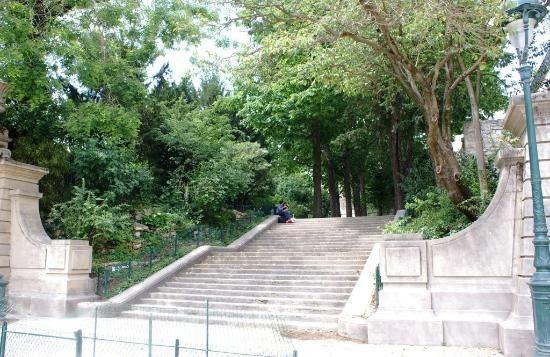 Square et jardin Les Arènes de Lutèce, escalier-vers-les-arenes