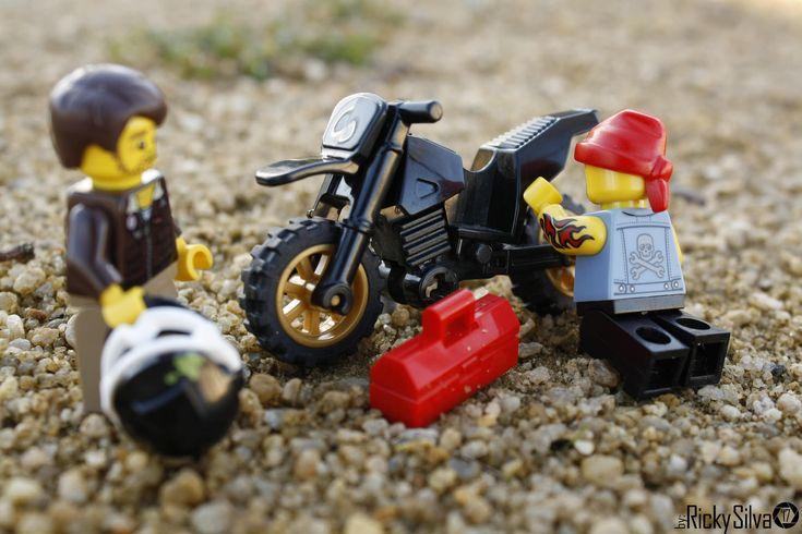 https://flic.kr/p/EphMwL | [Real World] (39) Motorcycle Damaged