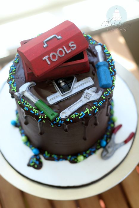 How to make a quick and easy tool box themed cake!