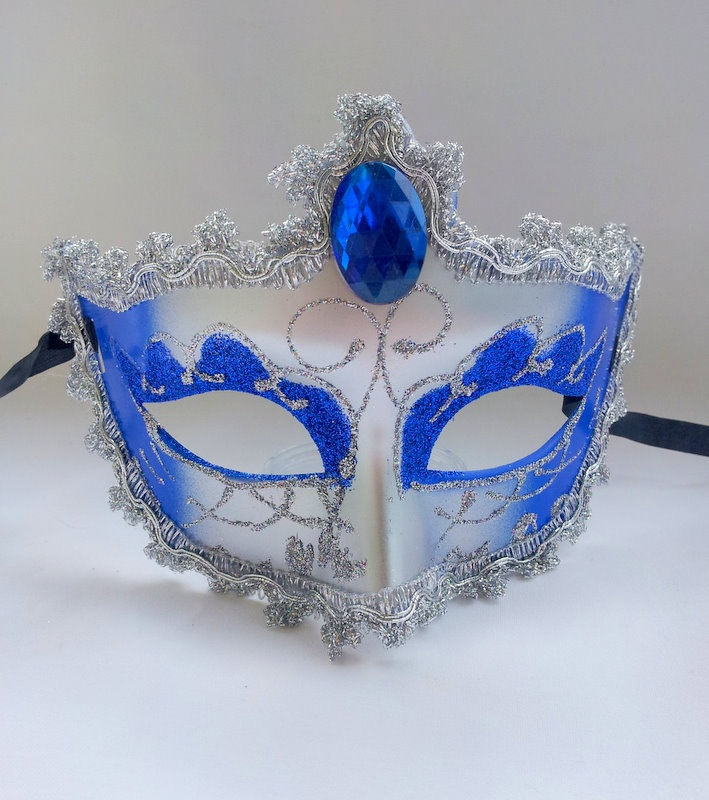 MASQUERADE MASK. Mardi gra mask. Halloween mask. Custom party mask. $10.00, via Etsy.
