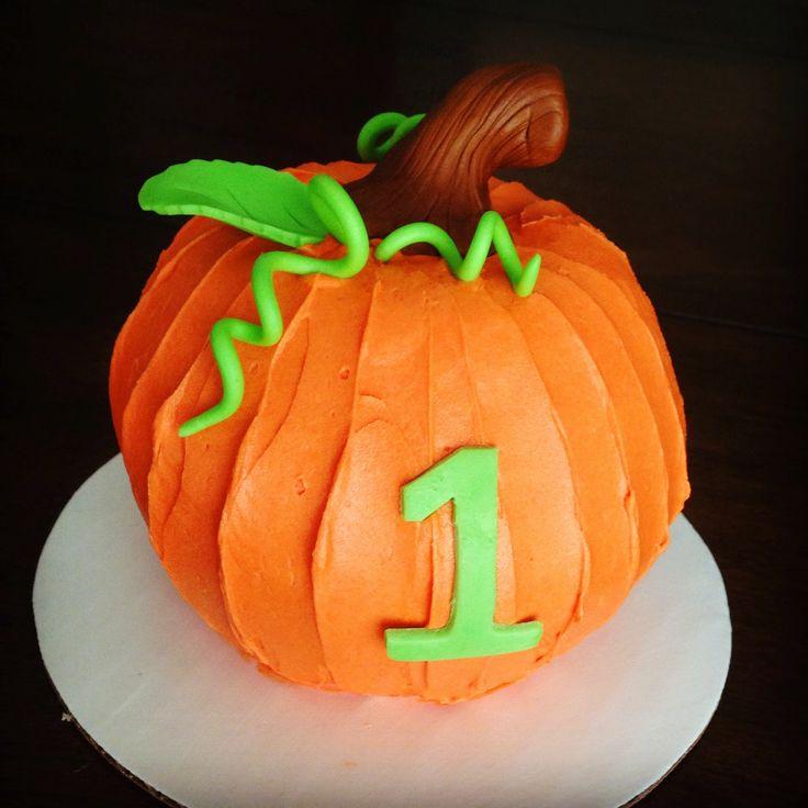j'adore gâteau: 1st Birthday Cake - Pumpkin Smash Cake