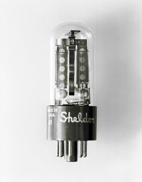 https://flic.kr/p/7UG7Tu | Vacuum Tube No.14 | Vacuum Tube / Thermionic Valve from larger study regarding formal aspects of mid century technical design. The individual forms should be regarded as a form of architecture, to be appreciated and evaluated on it's own merits, aesthetically and otherwise.