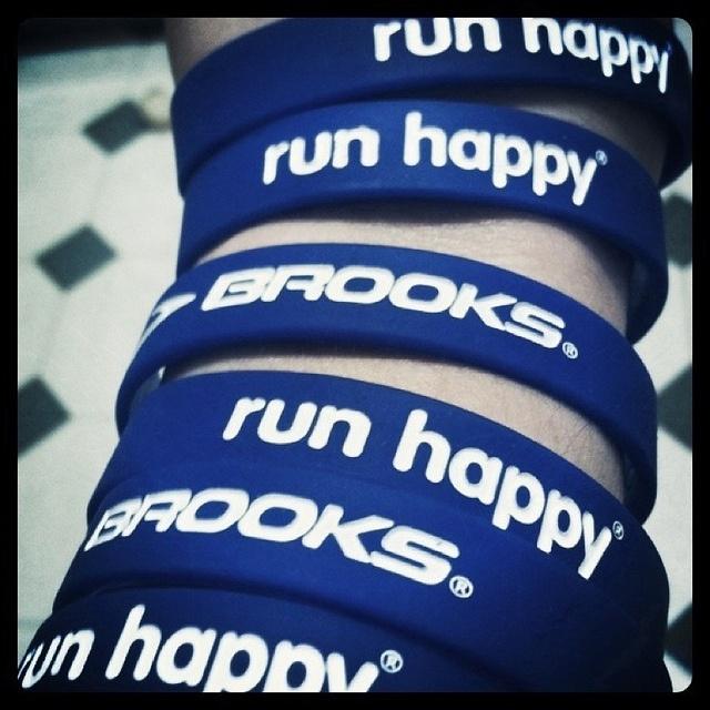 run happy by joesahfeen, via Flickr