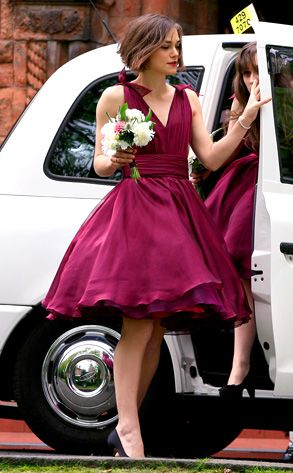 love this style of dress (and the color too!)