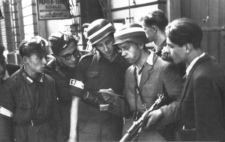http://Powstanie warszawskie – czym walczyli powstańcy?