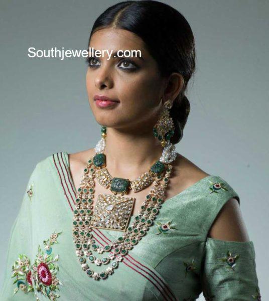 Diamond Emerald Jewellery Set photo