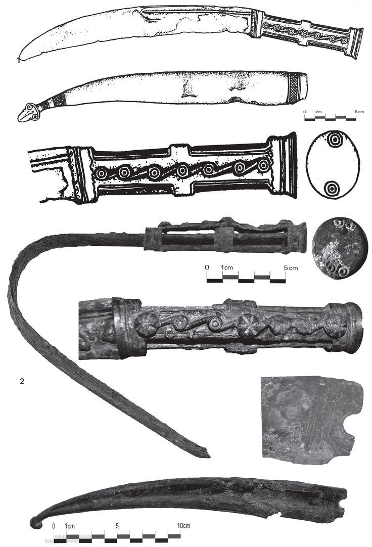 Fig. 9 - Pumnale sica Corcova cu decoraţii (apud Sîrbu et alii 1999), 2. Bulbuc (apud Borangic 2014).