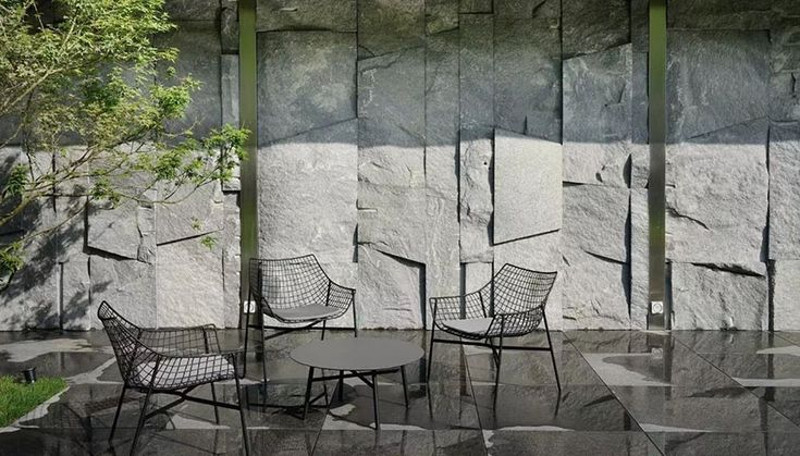 A luxurious property located in the center of Beijing, capital of China. The connection between interior and exterior spaces as well as of nature and architecture characterizes this project. The minimal design of Summer set collection by Varaschin Outdoor Therapy and designed by Christophe Pillet matches with the essential and refined style of the private …