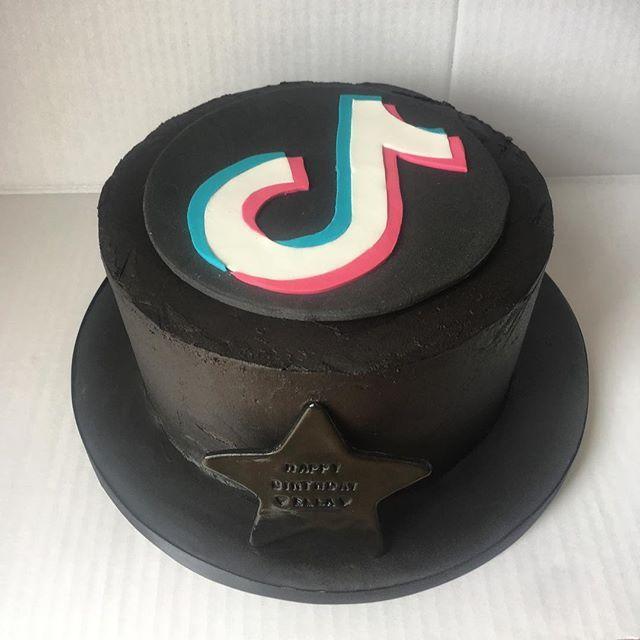 Tiktok Birthday Cake For My Cousin Sponge With A Black Chocolate Buttercream Using Droetkerbakes Dark Cocoa Powder W Unique Birthday Cakes Cake Brithday Cake