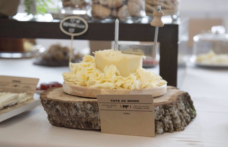 Eventos Restaurante España. Mesa de quesos. Lugo